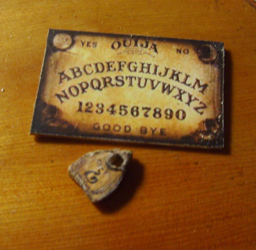 Ouija Board and Planchette 1