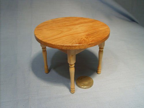 Round Kitchen Table - Pine
