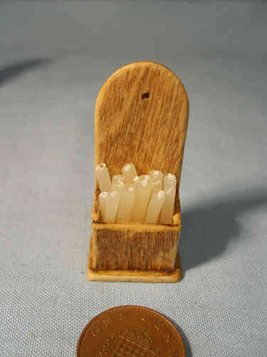 Light Oak Candle Box with translucent Candles