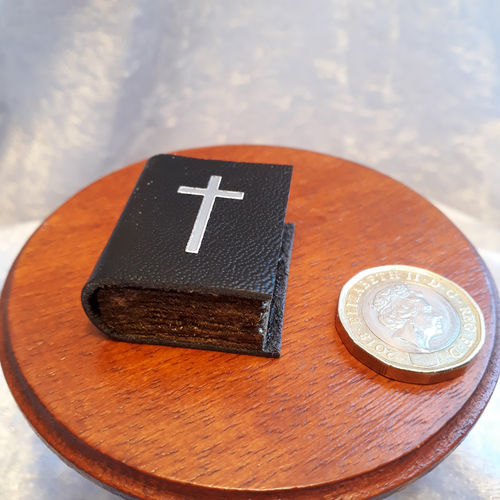 Leather Bound Bible (non opening)