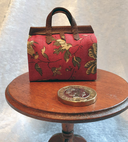 Carpet Bag with Leather Trim 3
