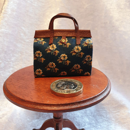 Carpet Bag with Leather Trim 4