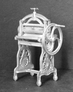 Victorian Mangle Kit 1/24th scale